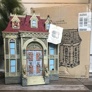 Hallmark Hauntington Collection Town Hall Haunted